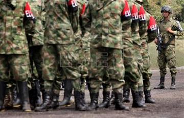 ELN propone reanudar diálogos y pactar cese al fuego