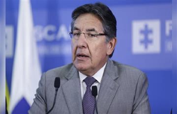 ¿Lo hundió más? Daniel Coronell acusó de corrupción al fiscal Néstor Humberto Martínez