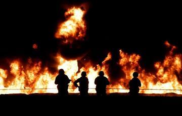 66 muertos y 76 heridos: Cifras que deja explosión de ducto de gasolina en México