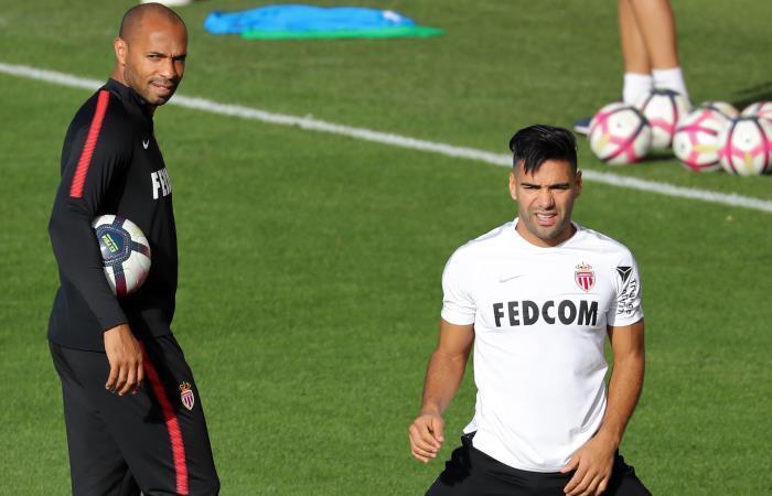 Thierry Henry es destituido como DT Mónaco