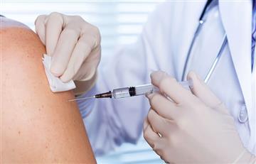 Primera jornada de vacunación en Bogotá y el Atlántico