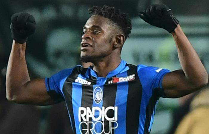 Duván Zapata llegó a 20 goles con Atalanta. Foto: AFP
