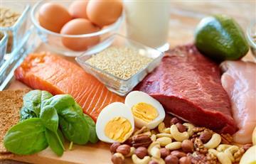 Conoce las razones de cómo las proteínas ayudan adelgazar