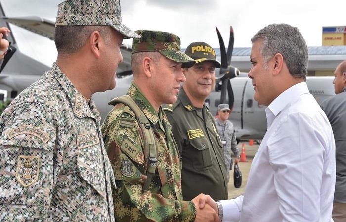 El presidente colombiano, reunido con la cúpula militar en Chocó. Foto: Twitter