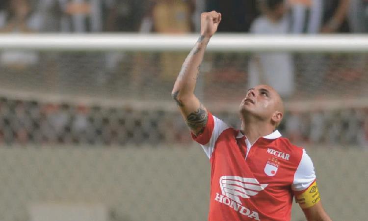 Omar Pérez, ídolo de Independiente Santa Fe. Foto: AFP