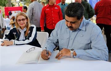 """Maduro firmó """"carta por la paz"""" con EE.UU."""