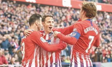 Santiago Arias jugará su primer derbi de Madrid