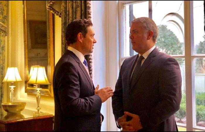 Iván Duque se reunió con embajador de Juan Guaidó en Estados Unidos