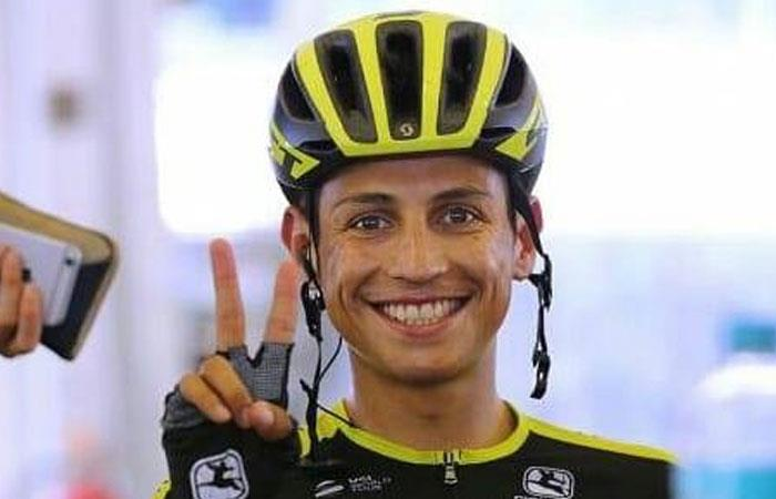 Esteban Cháves, ciclista colombiano del equipo Mitchelton Scott que compite en la Vuelta a Andalucía. Foto: Facebook