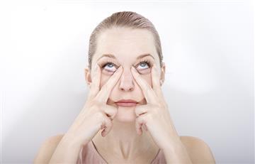 Estos sencillos ejercicios te ayudarán a mantener tu rostro más joven