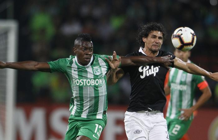 Nacional no pudo con Libertad y quedó eliminado de la Copa Libertadores. Foto: EFE