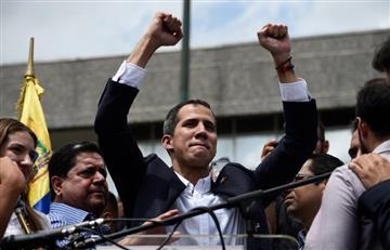 ¡Entre gritos y aplausos! Así fue la llegada de Juan Guaidó a Venezuela