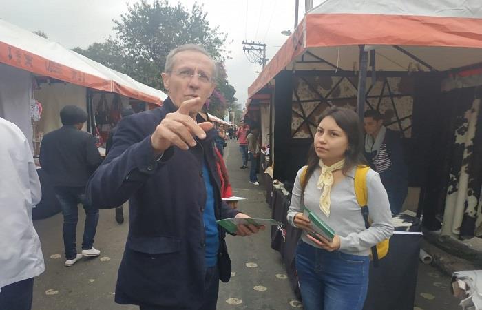 Antonio Navarro le apuesta a la educación como preparación para el mercado laboral. Foto: Twitter