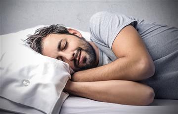 Dormir hasta tarde en tus días libres podría ser poco saludable