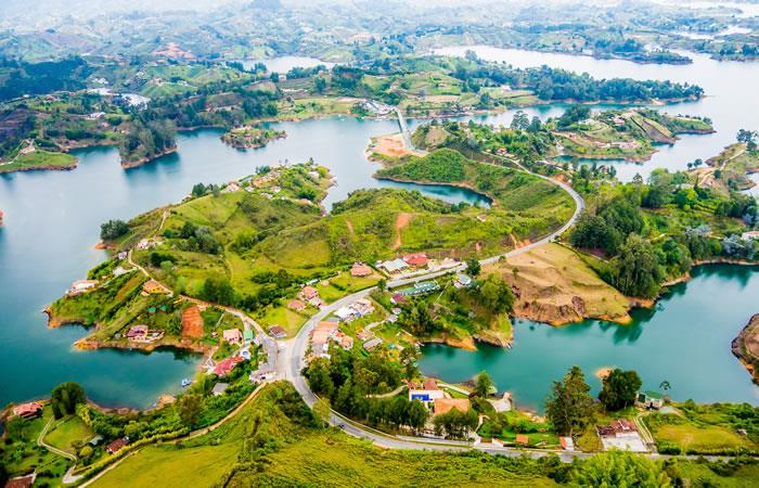 Municipio de Guatapé, ubicado en el departamento de Antioquia. Foto: Shutterstock