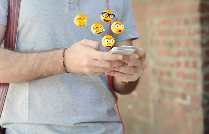 ¿Cómo hacer visibles los nuevos emojis de WhatsApp?