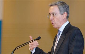 """""""No al adoctrinamiento en la educación pública"""": Uribe"""