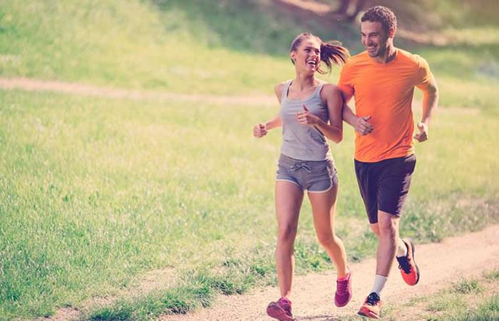 Correr es uno de los mejores ejercicios para calentar. Foto: Shutterstock