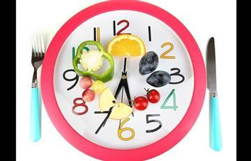 ¿Cómo afecta el horario en que comes a tu peso y salud?