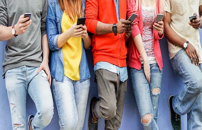 Usuarios podrán descubrir si son adictos al uso del internet y si eso perturba su bienestar. Foto: Shutterstock.