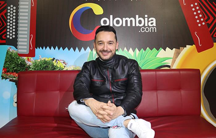 Juan Pablo Márquez nos canta 'Pa que no me anden contando'