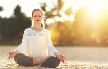 Estas posturas de yoga te ayudarán a controlar la ira