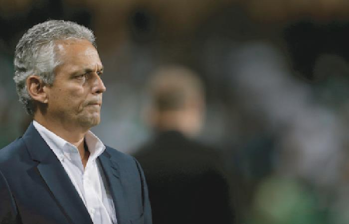 Reinaldo Rueda la sigue pasando mal como DT de Chile