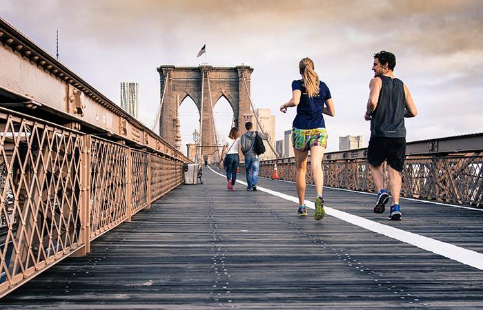 Mantén una rutina de ejercicio para brindarle bienestar a tu cuerpo. Foto: Pixabay