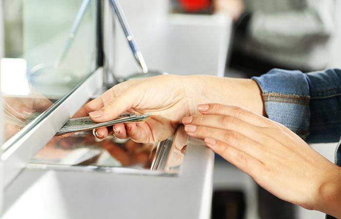 En la Semana Mayor muchos bancos alterarán sus horarios. Foto: Shutterstock