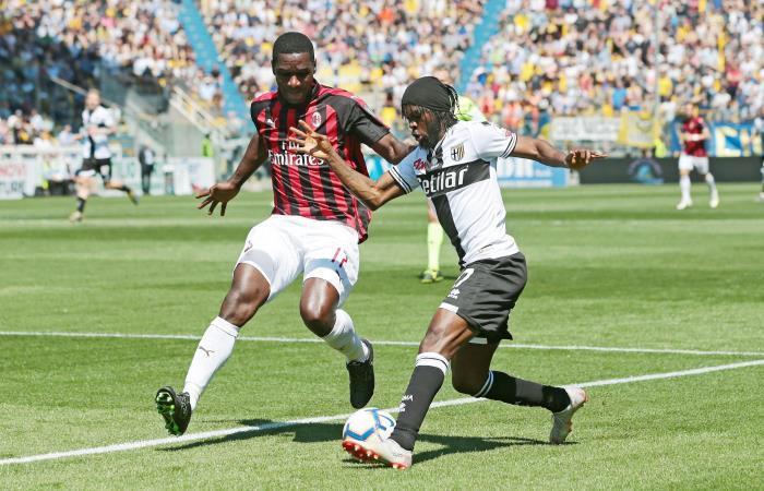 Cristian Zapata en el partido ante Parma en la Serie A. Foto: EFE