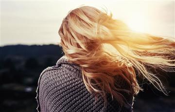 Razones para usar un tratamiento nocturno para el cabello