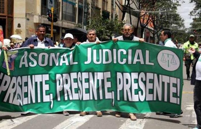 Sindicatos anuncian paro nacional en Colombia