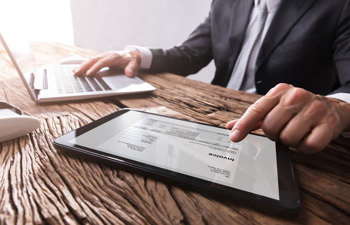 La facturación electrónica es un avance para los países. Foto: ShutterStock