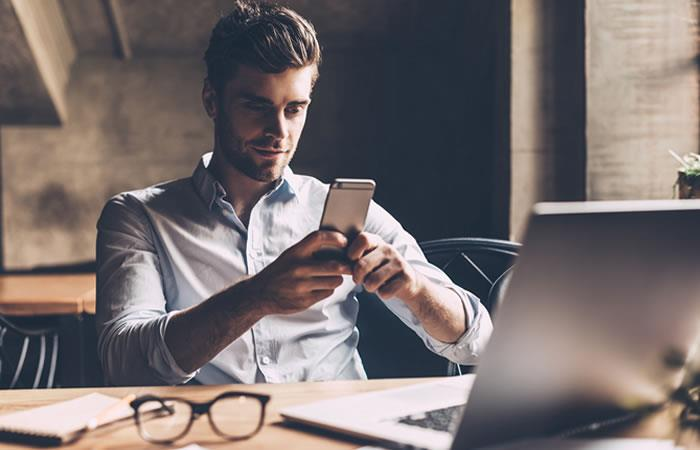 Estas son las novedades de WhatsApp que te permitirán escribirle a desconocidos. Foto: Shutterstock.