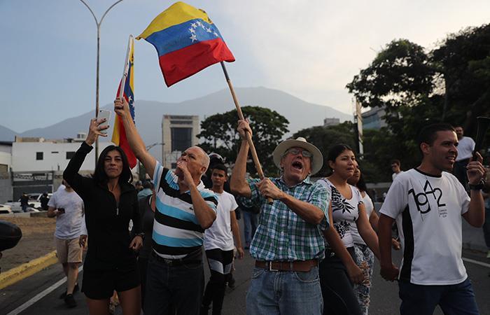 Después de tanto sufrimiento, se encuentra entre ventanas la calma para Venezuela. Foto: EFE