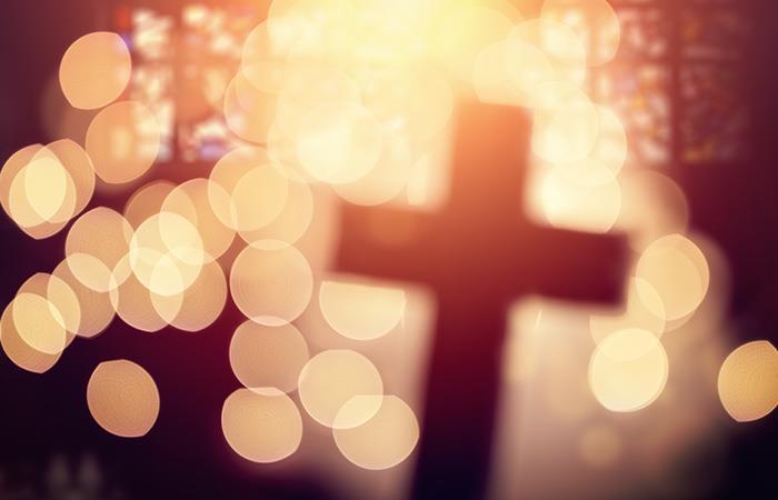 El gran poder de la oración y el amor protegerá a tu mamá. Foto: Shutterstock