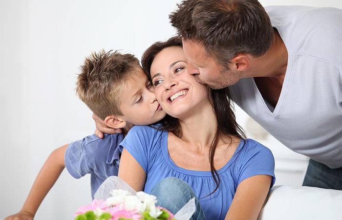 Celebrarle todos los días el hecho de que sea tu mamá. Foto: Shutterstock