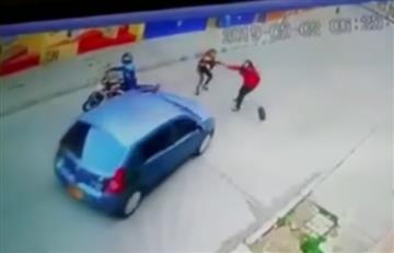 [VIDEO] Mujer fue atropellada cuando intentaba hurtar a otra en Bogotá