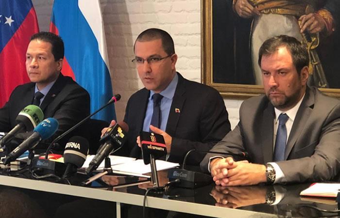 Canciller Jorge Arreaza ofrece Rueda de Prensa a medios desde Moscú. Foto: Twitter