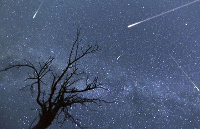 El fulgor y brillo será único con esta lluvia de estrellas que brinda el Cometa Halley. Foto: Captura twitter