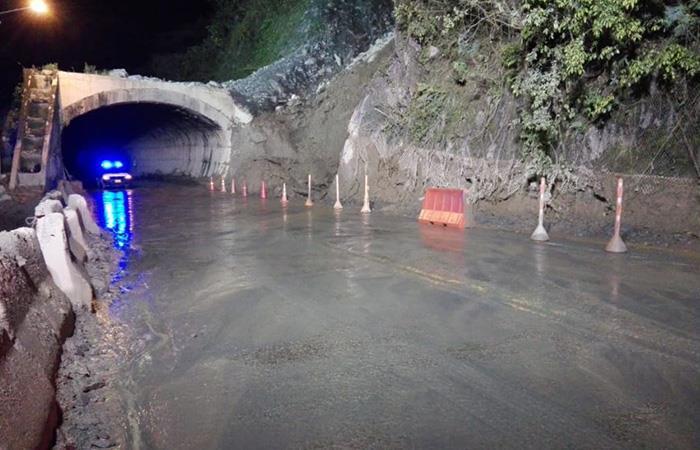 Desde la Aerocivil se han tomado medidas por derrumbes en vía al llano. Foto: Twitter ANInfrastructura