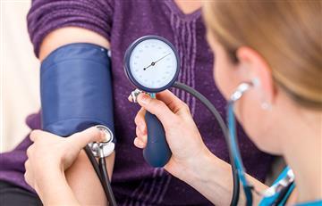 ¿Cuáles son los síntomas y cómo llevar una vida tratando la Hipertensión Arterial?