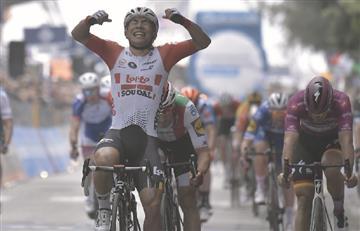 Caleb Ewan se lleva la etapa 8 del Giro de Italia