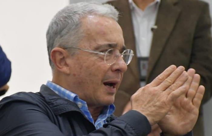 Uribe contra las FARC
