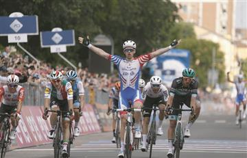 [VIDEO] Arnaud Demare se queda con la etapa 10 del Giro de Italia