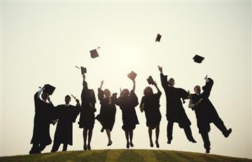 ¿No sabes que estudiar? Te traemos las 10 carreras universitarias mejor pagadas en Colombia