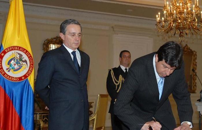 Marín fue embajador durante los gobiernos de Andrés Pastrana (1998-2002) y Álvaro Uribe (2002-2010). Foto: Twitter
