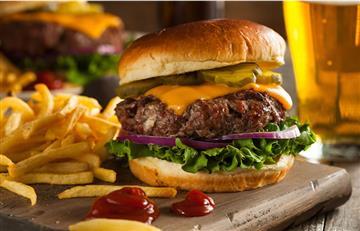 ¡Cien años! De la primera hamburguesa degustada por un comensal