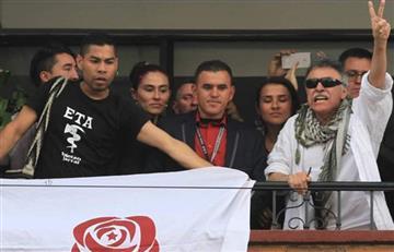 ¿Por qué hombre posó con camiseta del ETA en liberación de 'Santrich'?