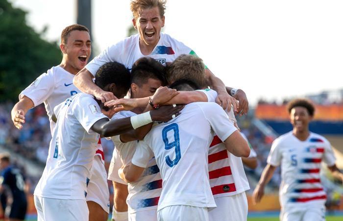 Estados Unidos celebra su paso a cuartos de final del Mundial Sub 20. Foto: EFE